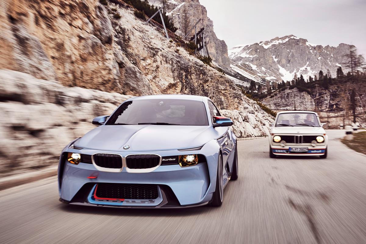 BMW-2002-hommage-003